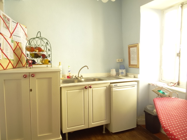 kitchenette1